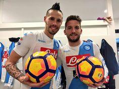 Dries Mertens, Nba, Bologna, Football Players, Soccer Ball, Like4like, Sports, Italy, Twitter