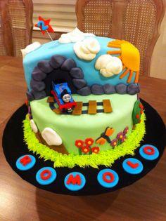 thomas the train cake | La Pâtisserie Rose: Thomas the Train 2nd Birthday Cake!