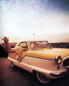 Nash Metropolitan Had one as my first car, sweet...