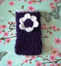 Thispretty phone cosy is quick to make and can easily be adapted to fit any phone or MP3 player.       phone cosy                       ...