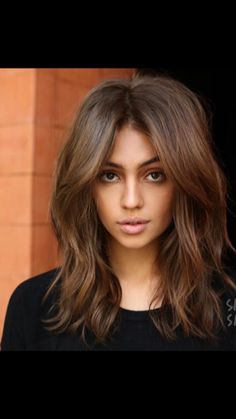 Hair cuts You are in the right place about hair lengths 2020 Here we offer you the most beautiful pi Balayage Brunette, Brunette Hair, Balayage Hair, Brunette Mid Length Hair, Medium Hair Styles, Curly Hair Styles, Asian Short Hair, Colored Curly Hair, Hair Color And Cut