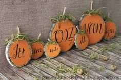 Croissant and Lavender: Autumn decoration from trunk . Thanksgiving Crafts, Fall Crafts, Diy And Crafts, Fall Wreaths, Earth Day, Diy Paper, Holidays And Events, Classroom Decor, Autumn