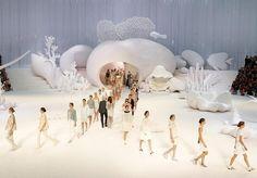 'Ông hoàng sàn runway' - Paris có Karl Lagerfeld, Việt Nam có Đỗ Mạnh Cường | Depplus.vn
