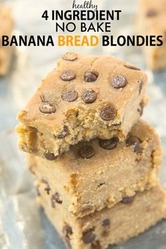 Home Made Doggy Foodstuff FAQ's And Ideas Healthy Four Ingredient No Bake Banana Bread Blondies-Quick And Easy Recipe-One Bowl 5 Minutes To Whip Up These Delicious Soft And Fudgy Blondies Which Are Healthy Too Paleo, Vegan, Gluten-Free Healthy Banana Recipes, Healthy Banana Bread, Baked Banana, Banana Bread Recipes, Paleo Dessert, Healthy Sweets, Dessert Recipes, Banana Dessert, Healthy Baking