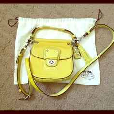 "Spotted while shopping on Poshmark: ""✨PM Editor Share✨Coach City Mini Willis✨""! #poshmark #fashion #shopping #style #Coach #Handbags"