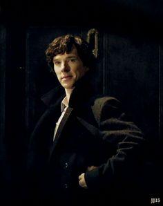 Lots of Benedict Cumberbatch│Sherlock│Doctor Strange│Sherlolly│Sweet treats. Sherlock Bbc, Benedict Cumberbatch Sherlock, Sherlock Bored, John Watson, Martin Freeman, Foto Doctor, Vatican Cameos, Mrs Hudson, Sherlolly