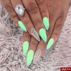 #green #nails