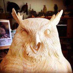 Je vous propose de découvrir lessuperbes sculptures en bois de l'artiste italienGuiseppe Rumerio, qui parvient à insuffler vie, mouvement et énergie à s