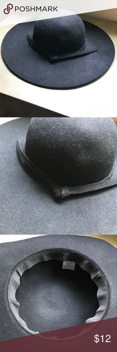 Black Wool Ribbon Hat barely worn, no rips, perfect condition, just needs a lint roller to it from being in my closet! Accessories Hats