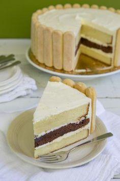 Vanilla Charlotte Dessert Pastry Recipe: Slice of Charlotte Cake Charlotte Dessert, Charlotte Cake, Pastry Recipes, Cake Recipes, Dessert Recipes, Gelatin Recipes, Sweet Recipes, Flan, British Baking