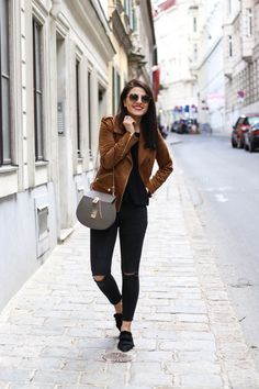 Pointed Toe Mules | Prada Sunglasses | Brown Faux Leather Jacket | Fashionnes
