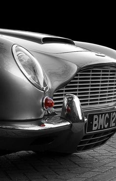 AM DB5 - the second most prettiest in the world.