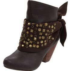 Not Rated Women's Baja Bandit Ankle Boot http://www.endless.com/Not-Rated-Womens-Baja-Bandit/dp/B004QMT8II/ref=cm_sw_o_pt_dp