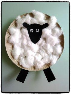 shaun le mouton, bricolage enfant, mouton en assiette en carton, à la ferme