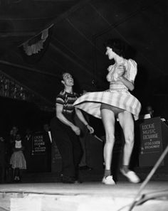 Couple dancing at Los Angeles' Lockie Music Exchange on South Broadway (1940s)