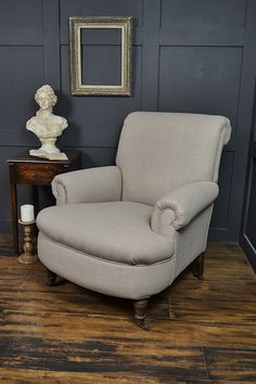 French Country Wingback Chair With Turned Legs   Google Search | Kari |  Pinterest | Wingback Chairs, Upholstery And Chaise Couch
