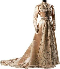 Upper class evening dress, in West-European style.  Istanbul, ca. 1900. (Sadberk Hanım Müzesi).