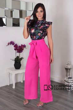 Modelo de palazo Casual Work Outfits, Classy Outfits, Chic Outfits, Trendy Outfits, Fashion Mode, Fashion Wear, Fashion Dresses, Womens Fashion, Colorful Fashion