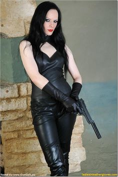 Spy Girl, Latex, Leather Dresses, Leather Outfits, Black Leather Gloves, Cosplay Girls, Boss Lady, Sexy Women, Women's Fashion