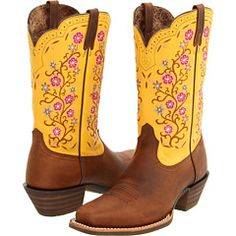Too bad they don't have these in my size :( There's luck if you have bigger feet!