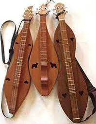 Mountain Dulcimers. Charles Maxson, an Appalachian luthier from Volga, WV, speculated that early settlers were unable to make the more complex violin in the early days because of lack of tools and time. This was one of the factors which led to the building of the dulcimer, which has less dramatic curves.