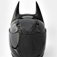 Custom Motorcycle Helmet For The Ultimate Batman Fan Batman motorcycle helmet. One of the ultimate skid lids for geeks. Philip found it-- dad and he can fight over who gets to wear it (there's a predator one too)Batman motorcycle helmet. Sport Bike Helmets, Custom Motorcycle Helmets, Retro Motorcycle, Bobber Motorcycle, Cool Motorcycles, Sport Bikes, Vintage Motorcycles, Victory Motorcycles, Motorcycle Girls