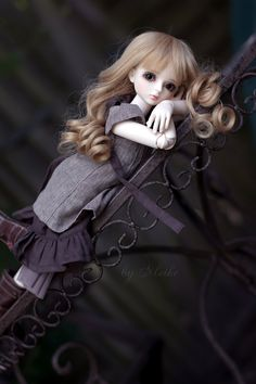 BJD ball jointed doll gray and blonde Cute Baby Girl Pictures, Cute Cartoon Pictures, Cute Cartoon Girl, Beautiful Barbie Dolls, Pretty Dolls, Cute Images For Dp, Cute Kids Photography, Lovely Girl Image, Cute Baby Dolls