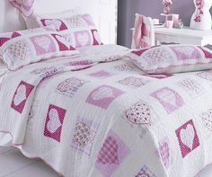 New White And Pink Heart Patchwork Double Quilt Childrens Furniture, Patchwork Bedspread, Girl Beds, Cloud Shelves, Home Accessories, Cloud Cushion, Fine Linen, Girl Room, Childrens Beds