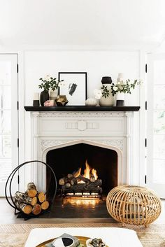 40 Best Modern Farmhouse Fireplace Mantel Decor Ideas 33 – Home Design Farmhouse Fireplace Mantels, Fireplace Design, Fireplace Mantle, Fireplace Ideas, White Fireplace, Brick Fireplaces, Wood Mantels, Fireplace Cover, Fireplace Decorations