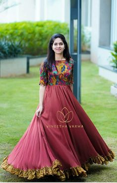 Indian Fashion Dresses, Indian Gowns Dresses, Dress Indian Style, Indian Designer Outfits, Designer Dresses, Long Gown Dress, Long Frock, Frock Dress, Lehenga Gown