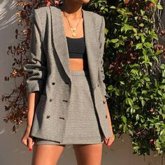 Daring print to make you stand out, take a look at our top houndstooth clothes from your favourite high street brands, all for or less! Aesthetic Fashion, Aesthetic Clothes, Look Fashion, Classy Fashion, Mode Outfits, Girl Outfits, Fashion Outfits, Womens Fashion, Blazer Outfits