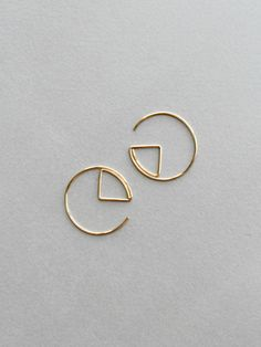 Aro geométrico pendientes oro llena de aretes aros de oro Bar Earrings, Circle Earrings, Gold Hoop Earrings, Bridal Earrings, Crystal Earrings, Diamond Earrings, Diamond Jewelry, Handmade Wire Jewelry, Bijoux Diy
