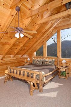 Pigeon Forge, TN: Pigeon Forge chalet rentals: Little Buck, Walden's Creek is a spectacular 4 bedroom plus loft bedroom, 3 bath log cabin located about miles f. Bedroom Loft, Dream Bedroom, Cabin Homes, Log Homes, Beautiful Houses Interior, Beautiful Homes, Cabins And Cottages, Log Cabins, Cabin Loft