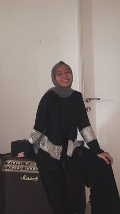 Ootd Hijab, Hijab Dress, Ootd Fashion, Fashion Dresses, Hijab Fashion Inspiration, Aesthetic Clothes, Outfit Of The Day, Fashion Photography, Casual Outfits