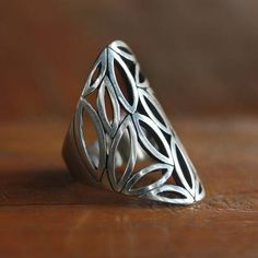 6 Novica Artisan Crafted Curl Dome design Sterling Silver ring