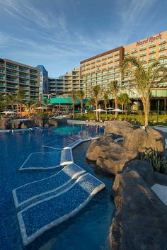 The Hard Rock Cancun has an outdoor, lagoon style pool, a wading pool perfect for young swimmers, two swim-up bars, and 3 outdoor Jacuzzis (one specifically for families).