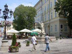 Ploshcha Rinok, Market Square, Lviv, Ukraine #travel #photos #ukraine