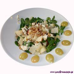 Herbstlicher Salat mit karamellisierten Birnen - Scouts Rezept für einen herbstlichen Salat mit karamellisierten Birnen vegetarisch glutenfrei