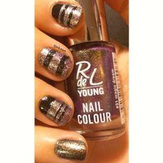 P2 'eternal' und Rivaldeloopyoung 'magic dream'. #tjakasasnails #rivaldeloopyoung #nagellack #p2 #nagellack #dm #rossmann #nailpolish #nageldesign #naillacquer #nails #beauty #nailart