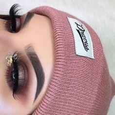 "61.7k Likes, 125 Comments - Anastasia Beverly Hills (@anastasiabeverlyhills) on Instagram: ""#AnastasiaBrows @melisssaspiteri BROWS: #Dipbrow in Soft Brown EYES: Modern Renaissance palette…"""