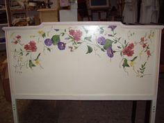 Las flores siempre dan mucha alegría y más si están pintadas a mano.