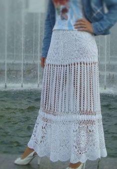 Diseños actuales de faldas largas a crochet para que ellas se vean modernas y frescas en diferentes épocas del año y con diferentes estilos.