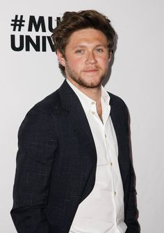 February Niall 😍 at Universal Music Group's after-party Niall Horan News, Niall Horan Baby, Nail Horan, Ex One Direction, Wonder Boys, Normal Guys, Mr Style, James Horan, Perfect Boy