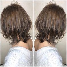 Pin on 髪型 Haircuts For Medium Hair, Short Shag Hairstyles, Medium Hair Cuts, Short Hair Cuts, Medium Hair Styles, Short Hair Styles, Hair Arrange, Layered Hair, Love Hair