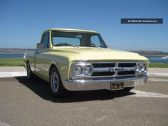 Image from http://tenwheel.com/imgs/a/a/h/k/b/1967_gmc_chevrolet_short_bed_pickup_4_lgw.jpg.