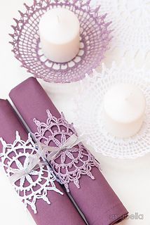 Set of 3 crochet lace doilies to create as many Shabby decor ideas as imagination allows.