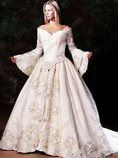 .Classic Renaissance dress