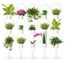 Ikeahack: DIY vertical garden room divider - lees de volledige DIY op www.fruitofthecity.com