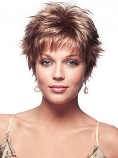 Shaggy short haircuts for women