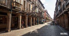 Calle Mayor en Alcalá de Henares / Flickr Víctor Gómez